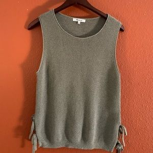 MADEWELL KNITTED TANK WITH SIZE TIES SOZE MEDIUM
